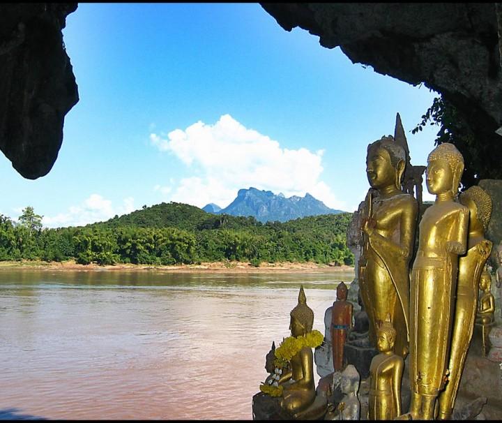 Pak Ou cave - Kuang Si waterfalls