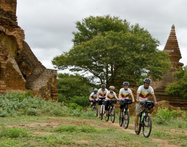 Cycling Tour in Bagan