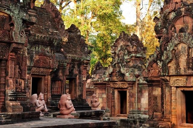 Benteay Srei Temple