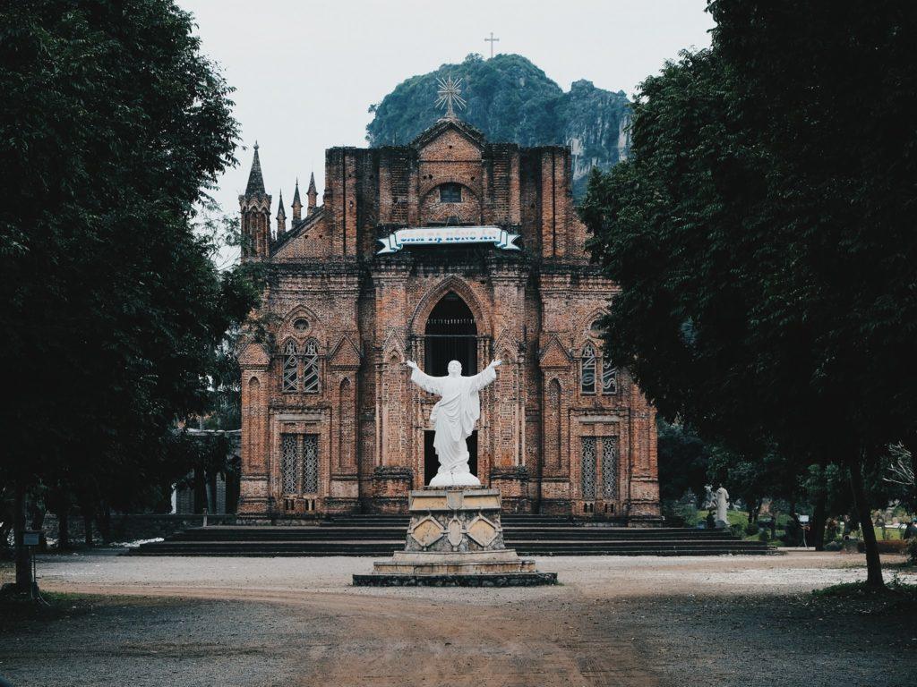 Chau Son Church